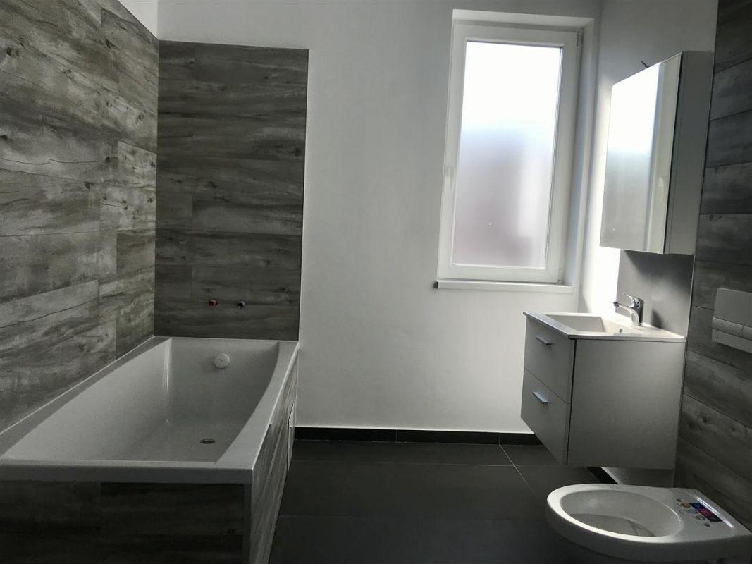 Apartament 3 camere de vanzare zona Dumbravita - ID V305 10