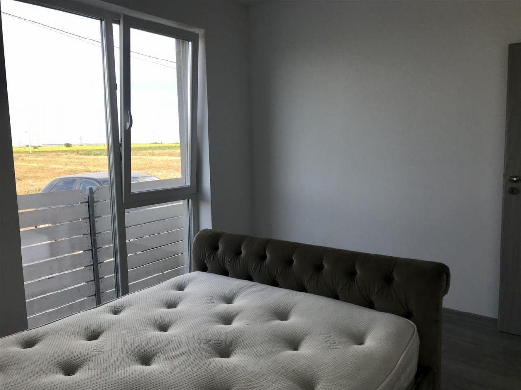 Apartament 3 camere + gradina de vanzare zona Dumbravita - ID V304 2