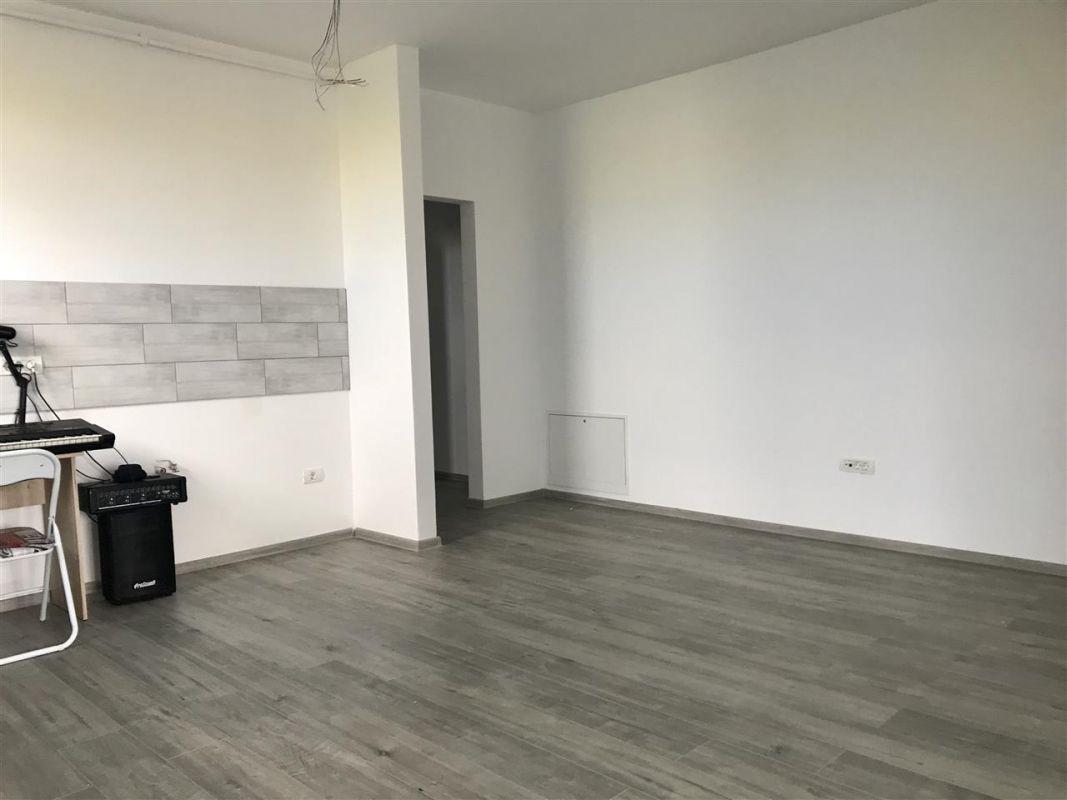 Apartament 3 camere + gradina de vanzare zona Dumbravita - ID V304 8