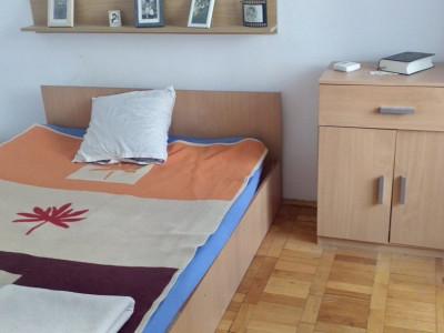 Apartament 2 camere semidecomandat, zona Girocului