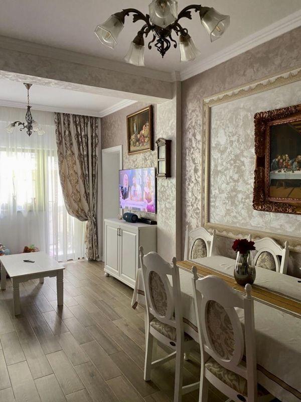 Apartament 3 camere de vanzare Dumbravita Negociabil - ID V301 1
