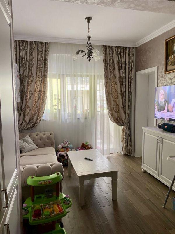 Apartament 3 camere de vanzare Dumbravita Negociabil - ID V301 2