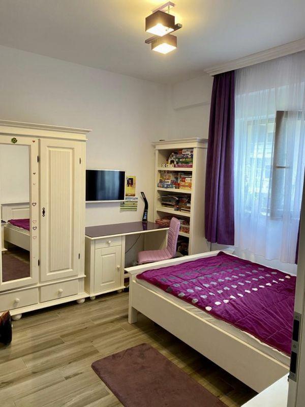 Apartament 3 camere de vanzare Dumbravita Negociabil - ID V301 6