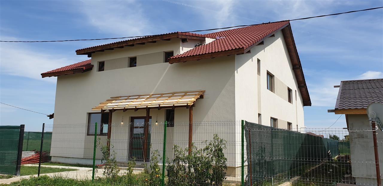 Casa tip duplex 5 camere de vanzare Mosnita Noua - ID V434 1