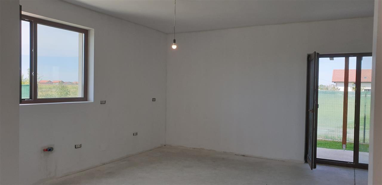 Casa tip duplex 5 camere de vanzare Mosnita Noua - ID V434 8