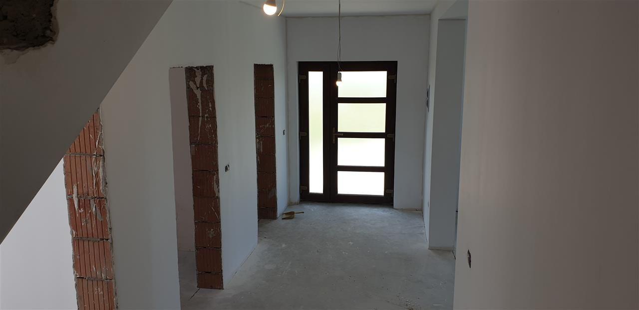Casa tip duplex 5 camere de vanzare Mosnita Noua - ID V434 11