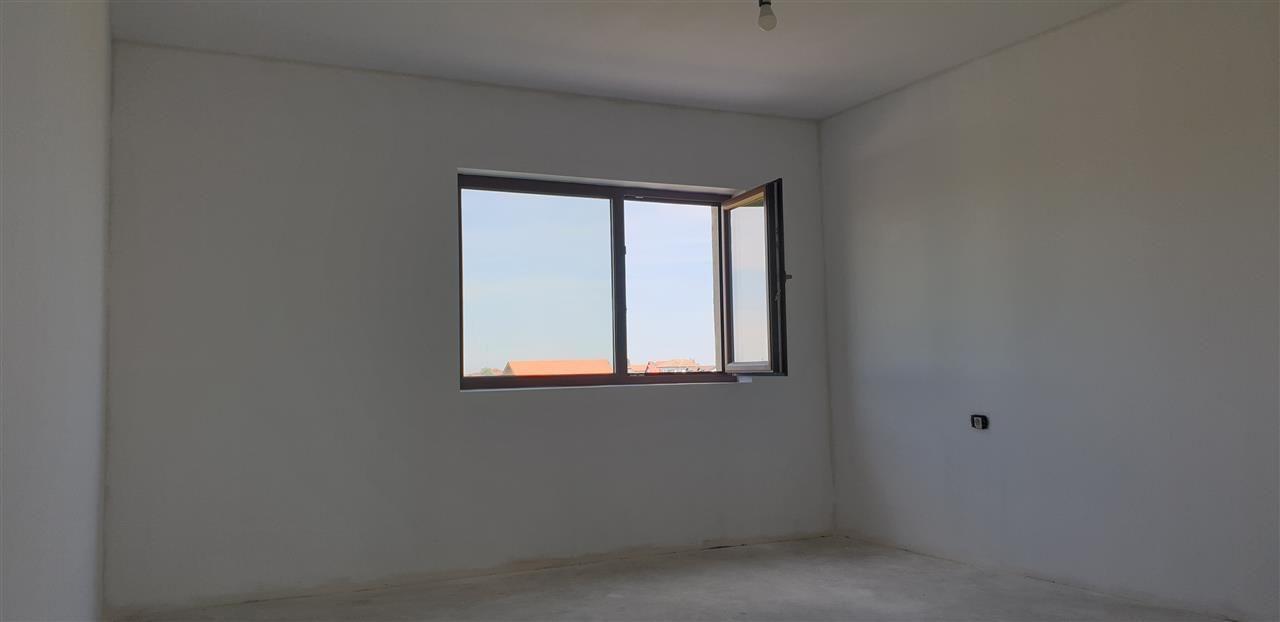 Casa tip duplex 5 camere de vanzare Mosnita Noua - ID V434 14