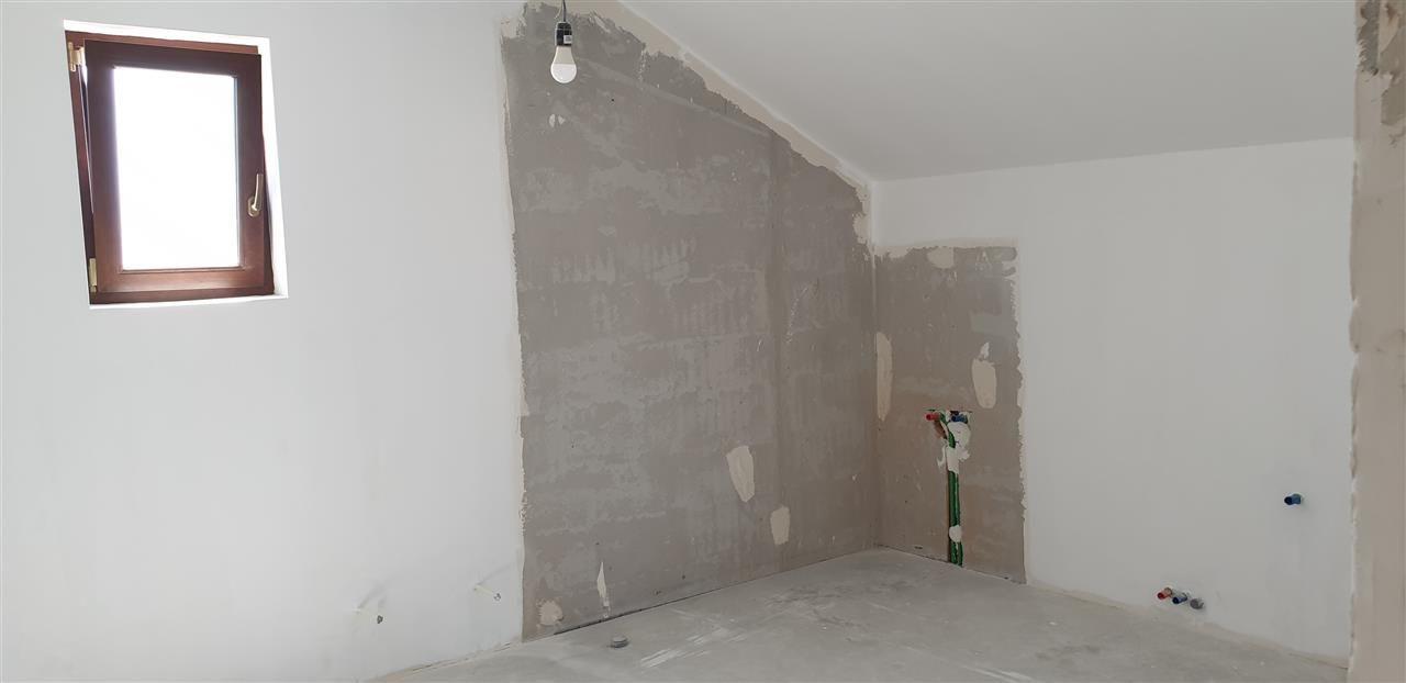 Casa tip duplex 5 camere de vanzare Mosnita Noua - ID V434 17