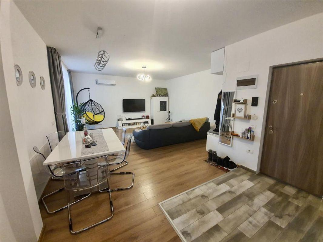 Apartament 3 camere de vanzare Dumbravita Negociabil - ID V299 4