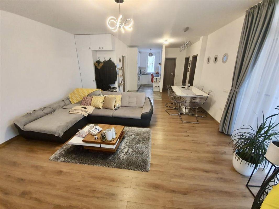 Apartament 3 camere de vanzare Dumbravita Negociabil - ID V299 5
