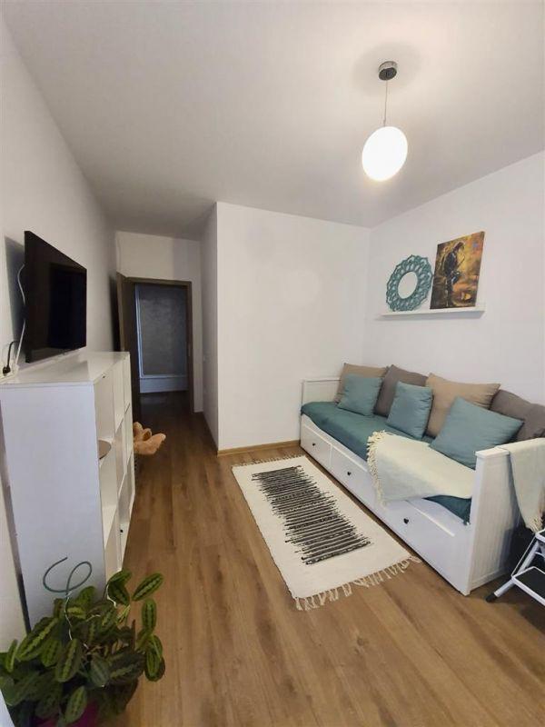 Apartament 3 camere de vanzare Dumbravita Negociabil - ID V299 7