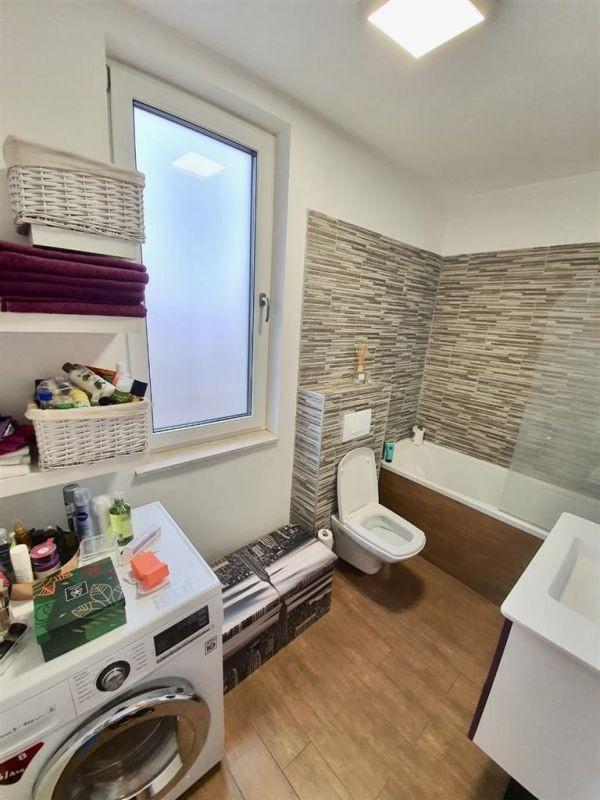 Apartament 3 camere de vanzare Dumbravita Negociabil - ID V299 10