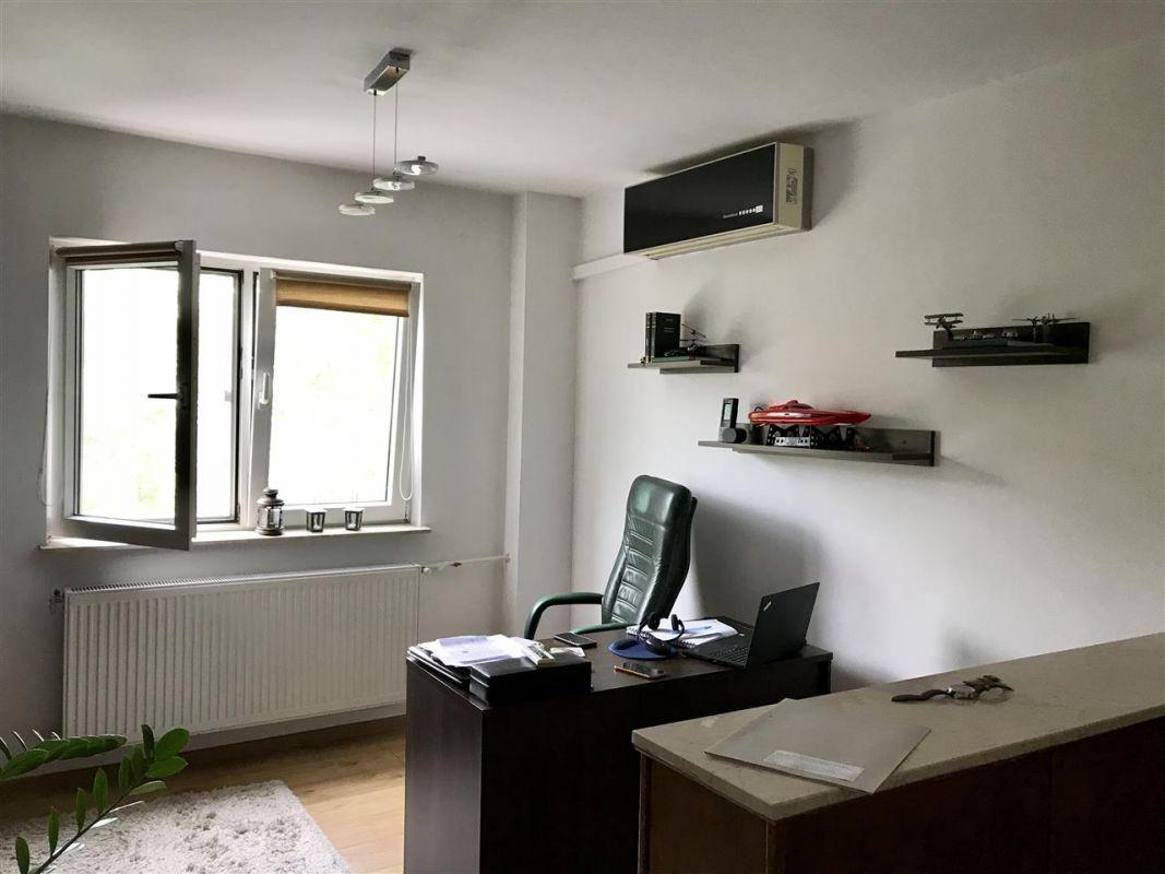 Apartament cu 4 camere de vanzare zona Lipovei - ID V277 3