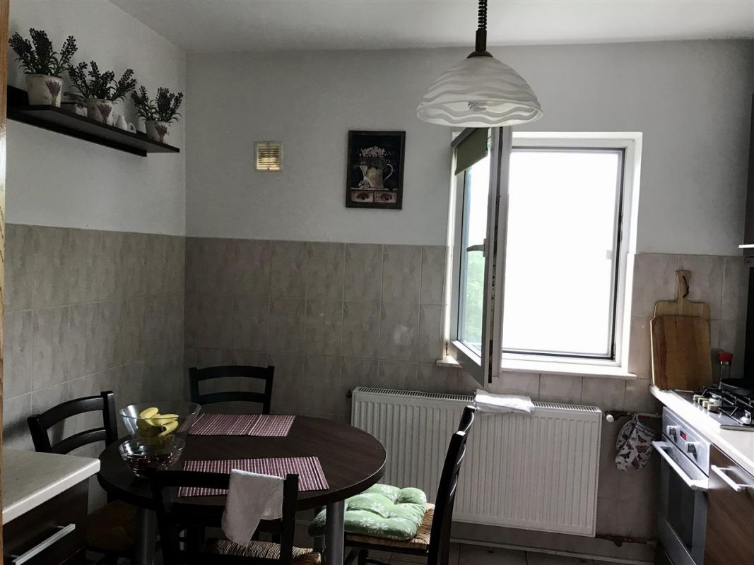 Apartament cu 4 camere de vanzare zona Lipovei - ID V277 12