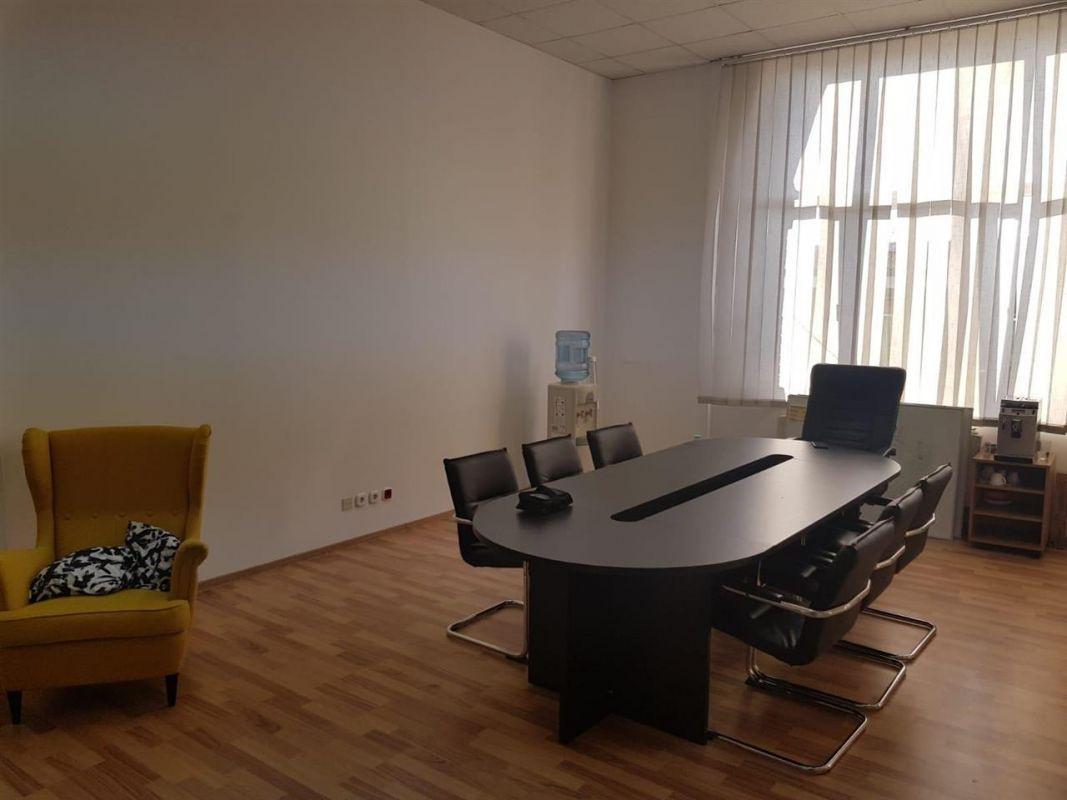 Spatii birou de inchiriat, Strada Pestallozzi - ID C240 9