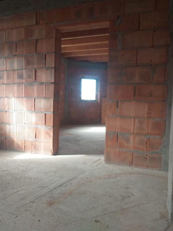 Duplex 5 camere de vanzare in Urseni - ID V233 2