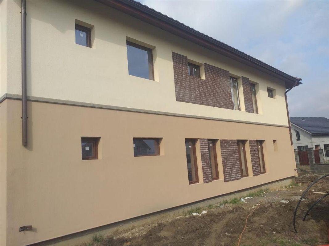 Duplex 5 camere de vanzare in Urseni - ID V233 11