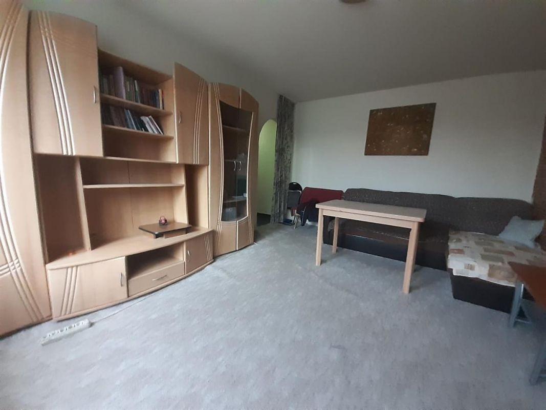 Apartament 3 camere de vanzare zona Cetatii - ID V232 1