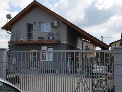 Casa individuala de vanzare Mosnita Veche - ID V427