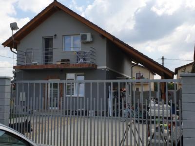 Casa individuala de vanzare comision cumparator 0% Mosnita Veche - ID V427