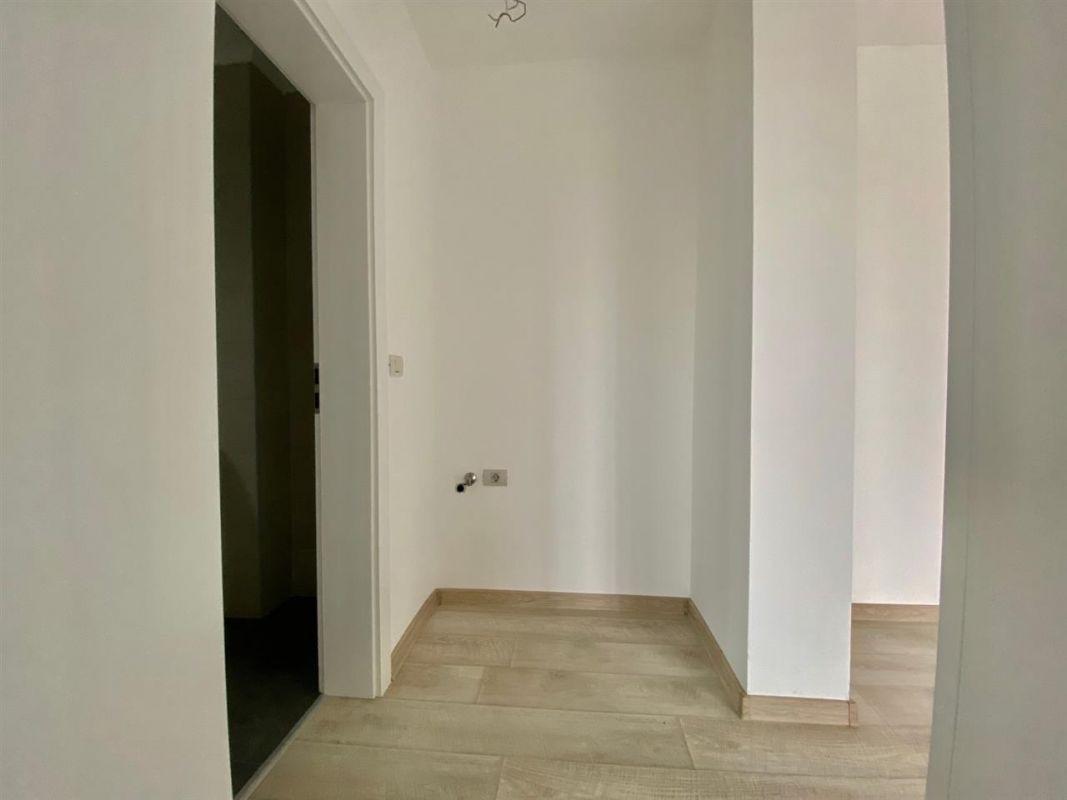 Apartament Smart 3 camere de vanzare Giroc zona centrala - ID V216 8