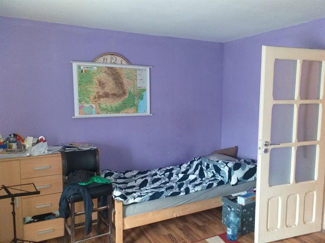 Casa individuala 5 camere de vanzare Ciarda Rosie - ID V213 12