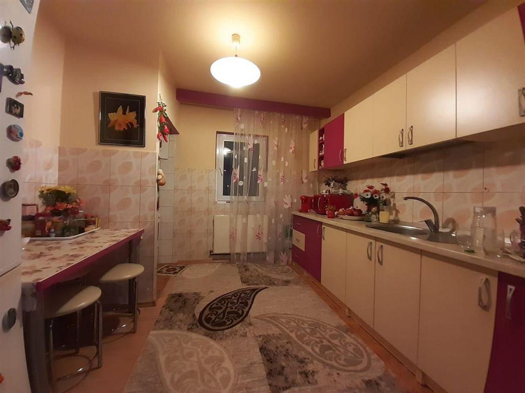 Apartament 3 camere de vanzare zona Lipovei - ID V212 8