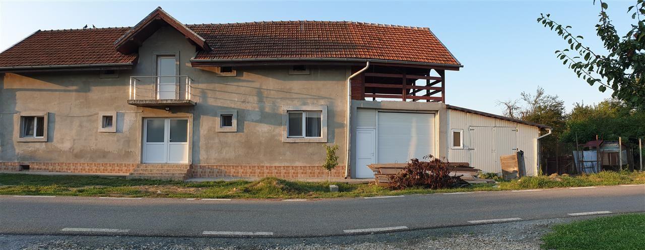 Casa Individuala 6 camere de vanzare Mosnita Noua - ID V426 1
