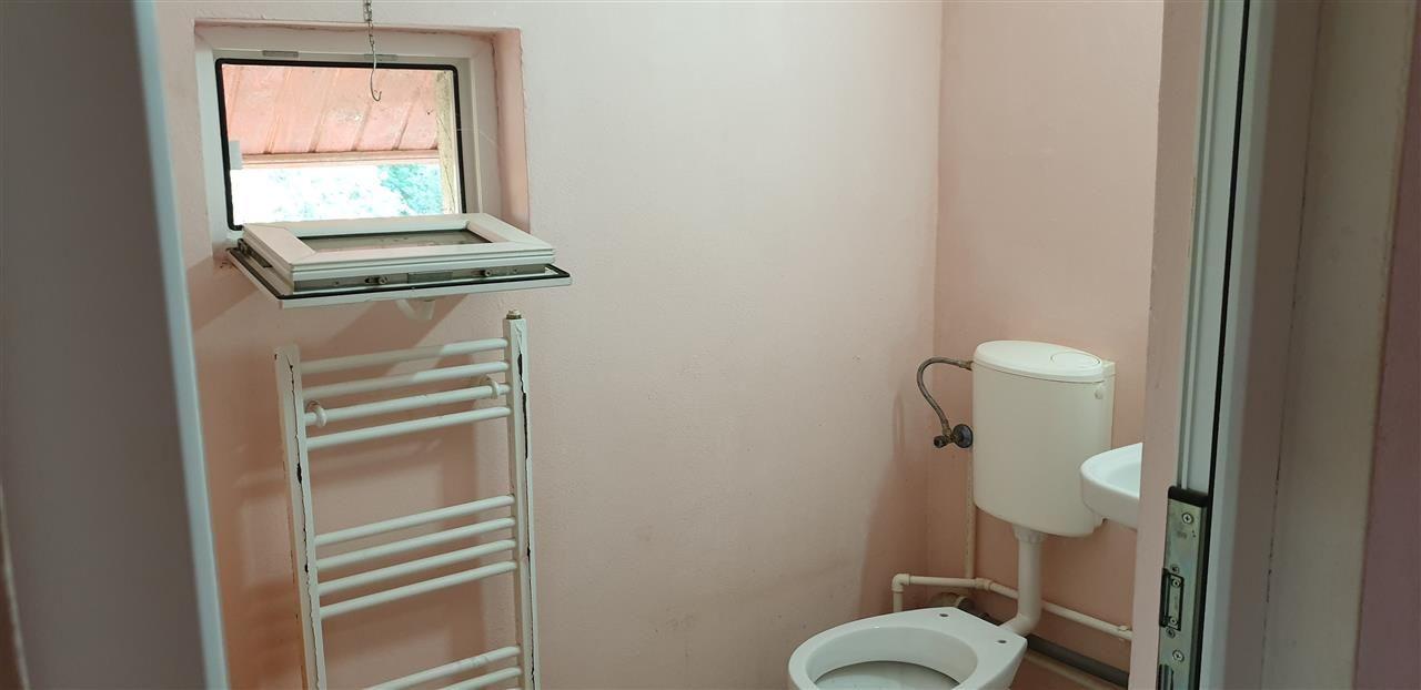 Casa Individuala 6 camere de vanzare Mosnita Noua - ID V426 16