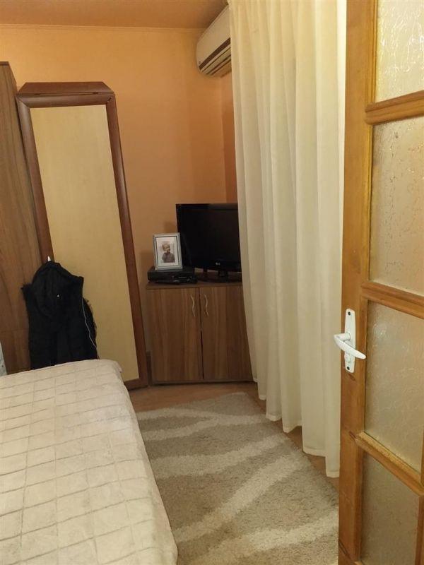 Casa 4 camere de vanzare zona Fratelia - ID V206 6