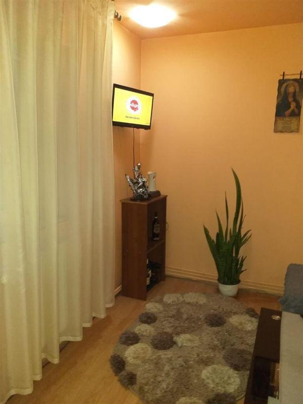 Casa 4 camere de vanzare zona Fratelia - ID V206 16
