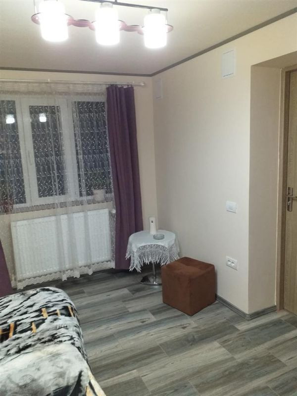 Casa 4 camere de vanzare zona Fratelia - ID V206 18