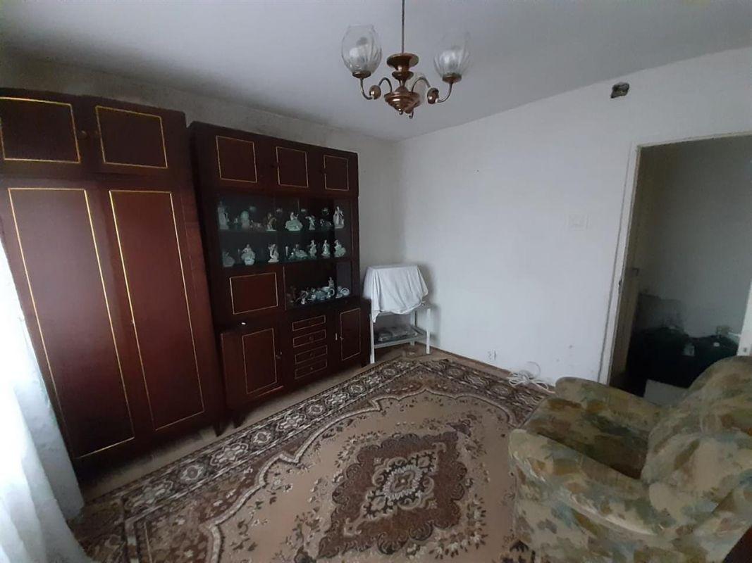 Apartament 3 camere de vanzare Aradului - ID V195 1