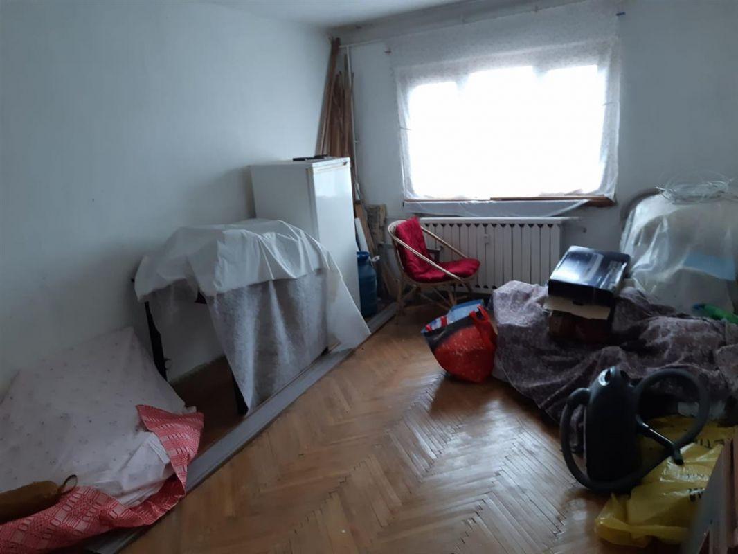 Apartament 3 camere de vanzare Aradului - ID V195 9