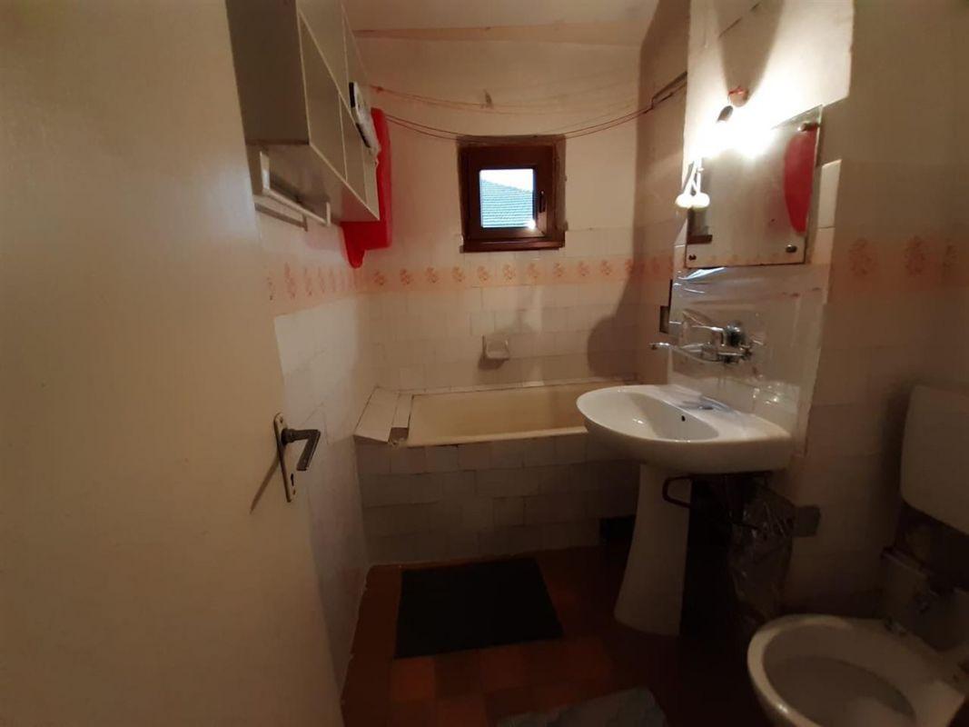 Apartament 3 camere de vanzare Aradului - ID V195 10