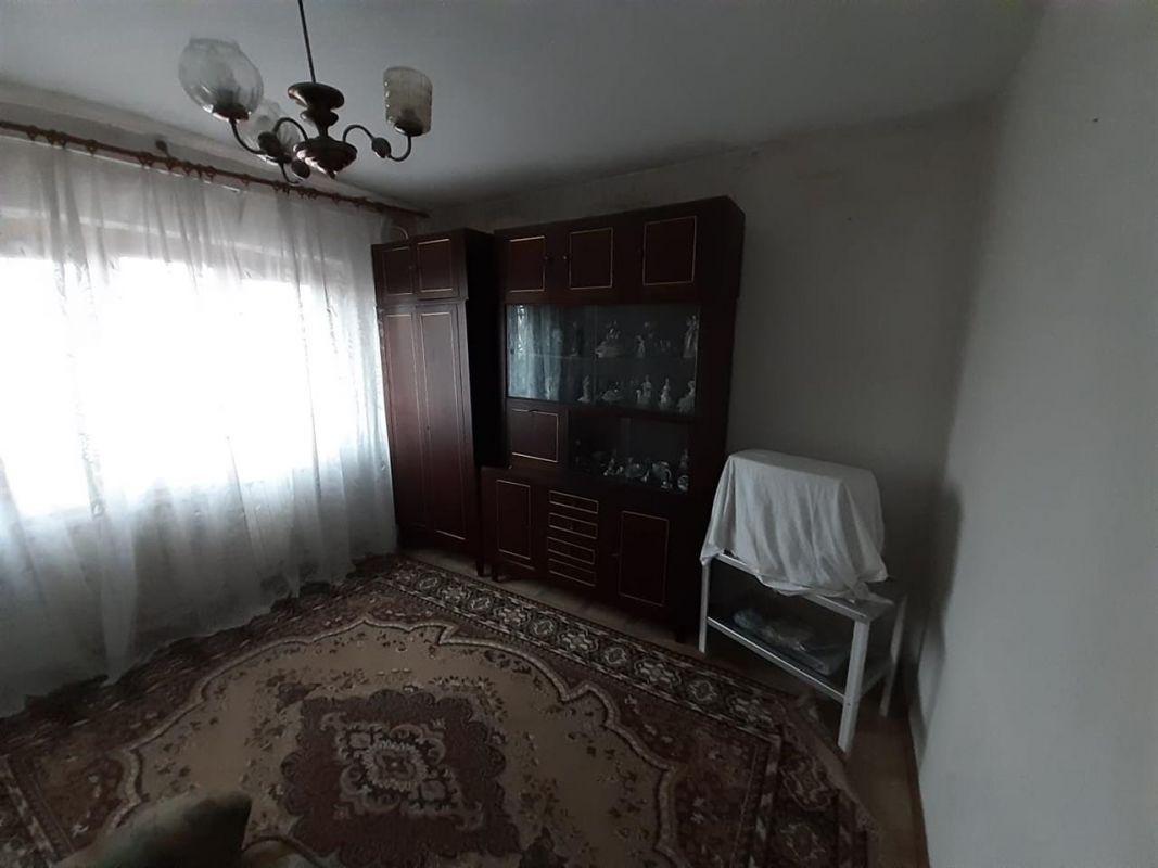 Apartament 3 camere de vanzare Aradului - ID V195 11