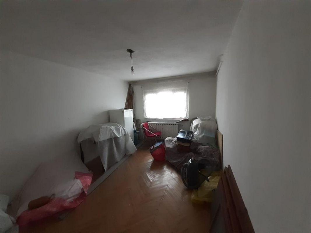 Apartament 3 camere de vanzare Aradului - ID V195 12