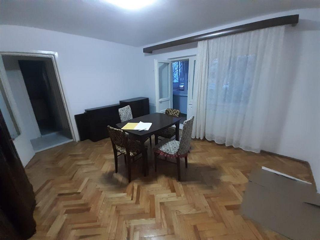 Apartament 2 camere de vanzare zona ARADULUI - ID V190 1