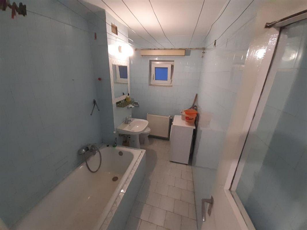 Apartament 2 camere de vanzare zona ARADULUI - ID V190 10