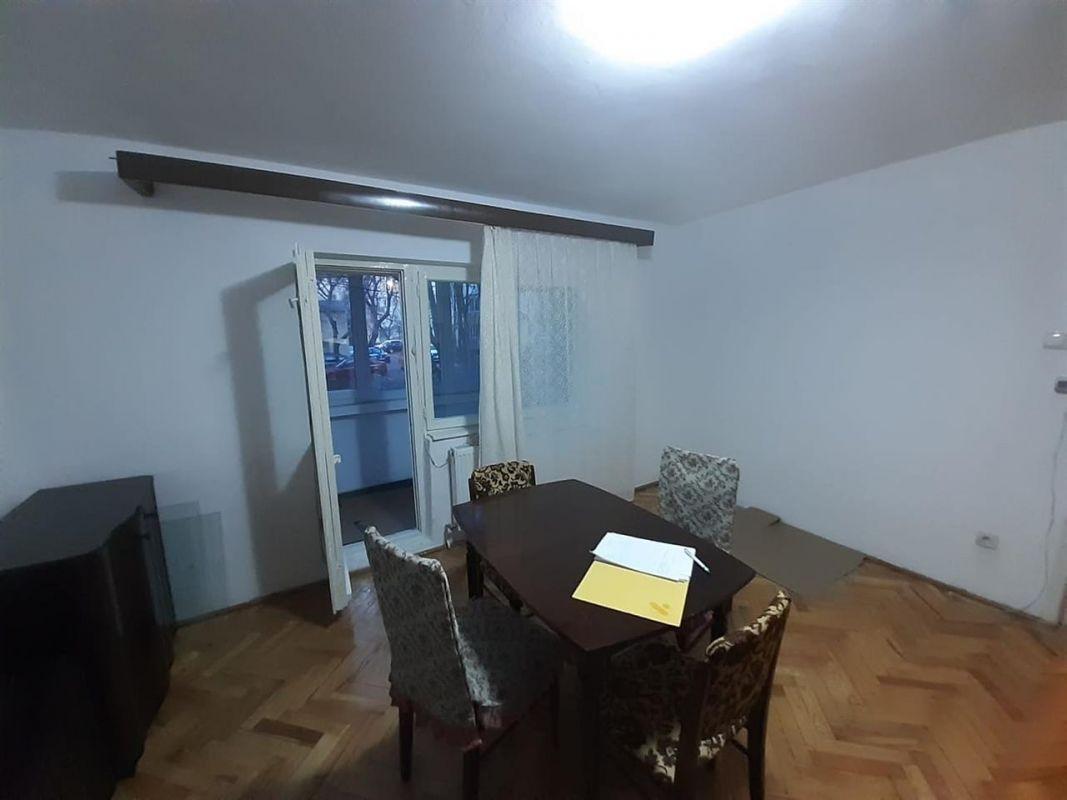 Apartament 2 camere de vanzare zona ARADULUI - ID V190 12