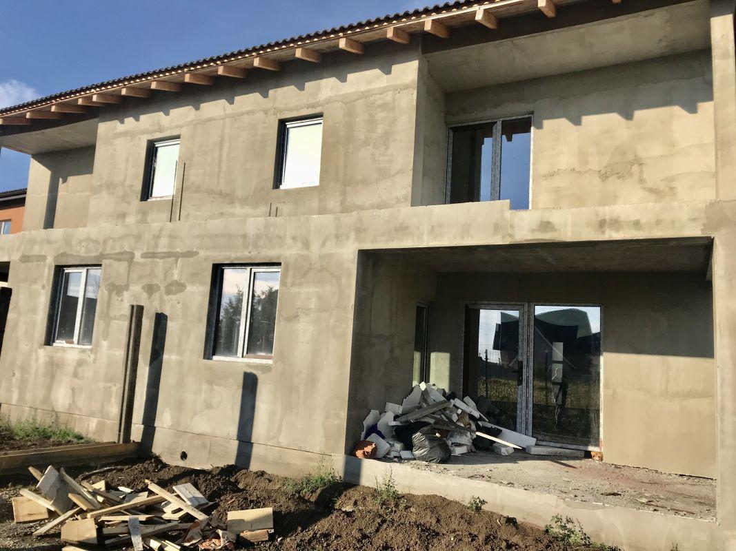 Casa tip duplex 5 camere de vanzare Dumbravita - ID V170 2