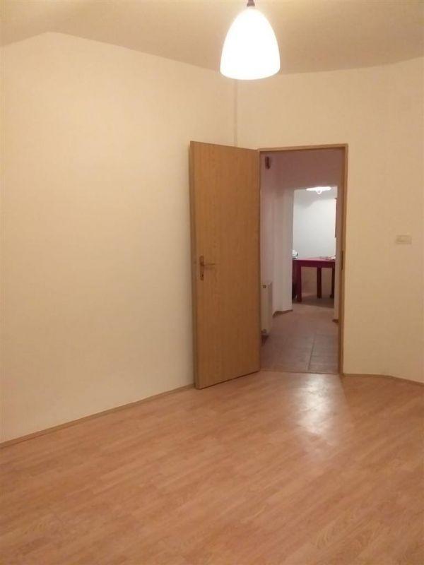 Apartament 2 camere de vanzare Fratelia - ID V167 3