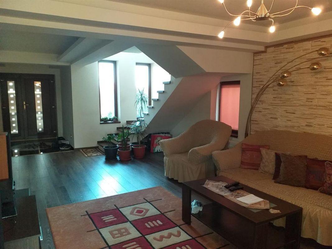 Casa 6 camere de vanzare Zona Sag - ID V155 10