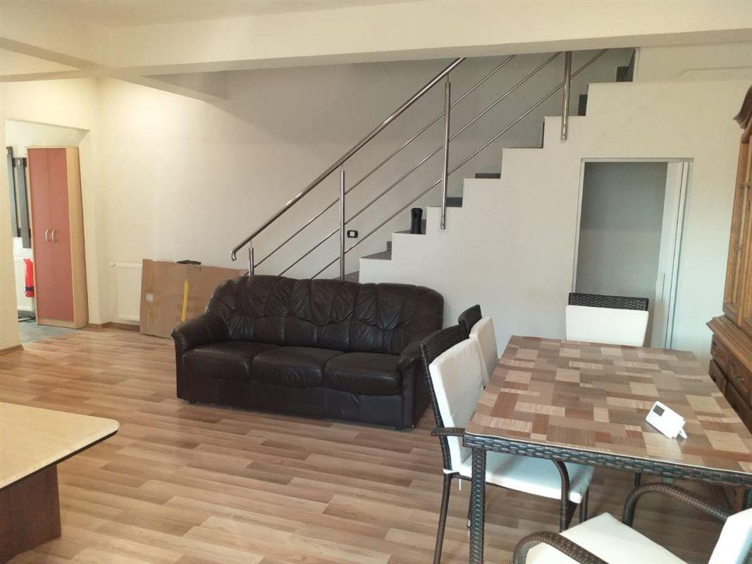 Casa 4 camere de vanzare Zona Ciarda Rosie - ID V151 9