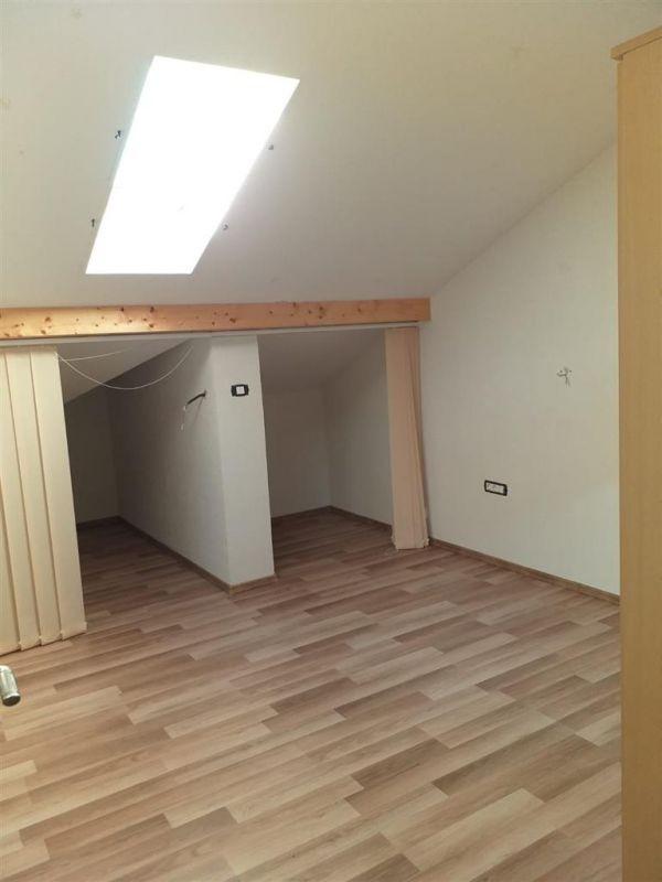 Casa 4 camere de vanzare Zona Ciarda Rosie - ID V151 17
