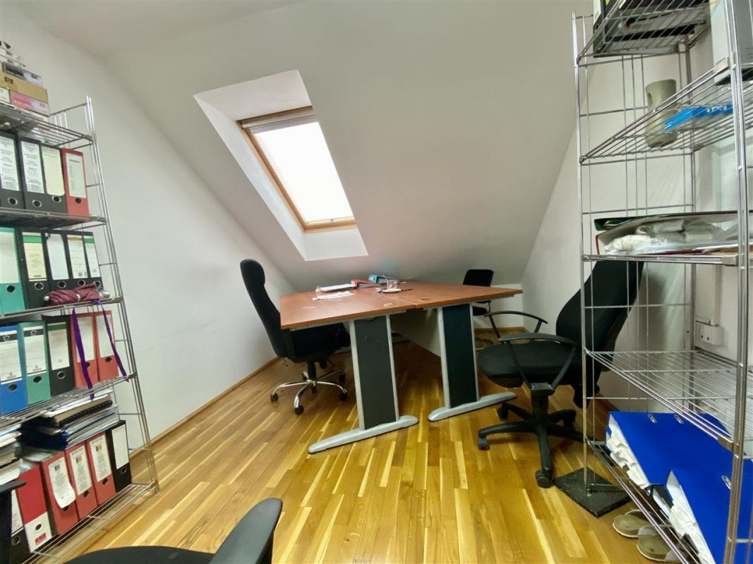 Spatiu birouri de inchiriat in Balcescu - Maria - ID C146 5