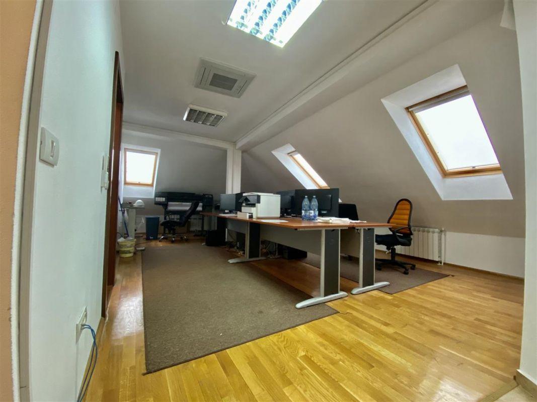 Spatiu birouri de inchiriat in Balcescu - Maria - ID C146 7