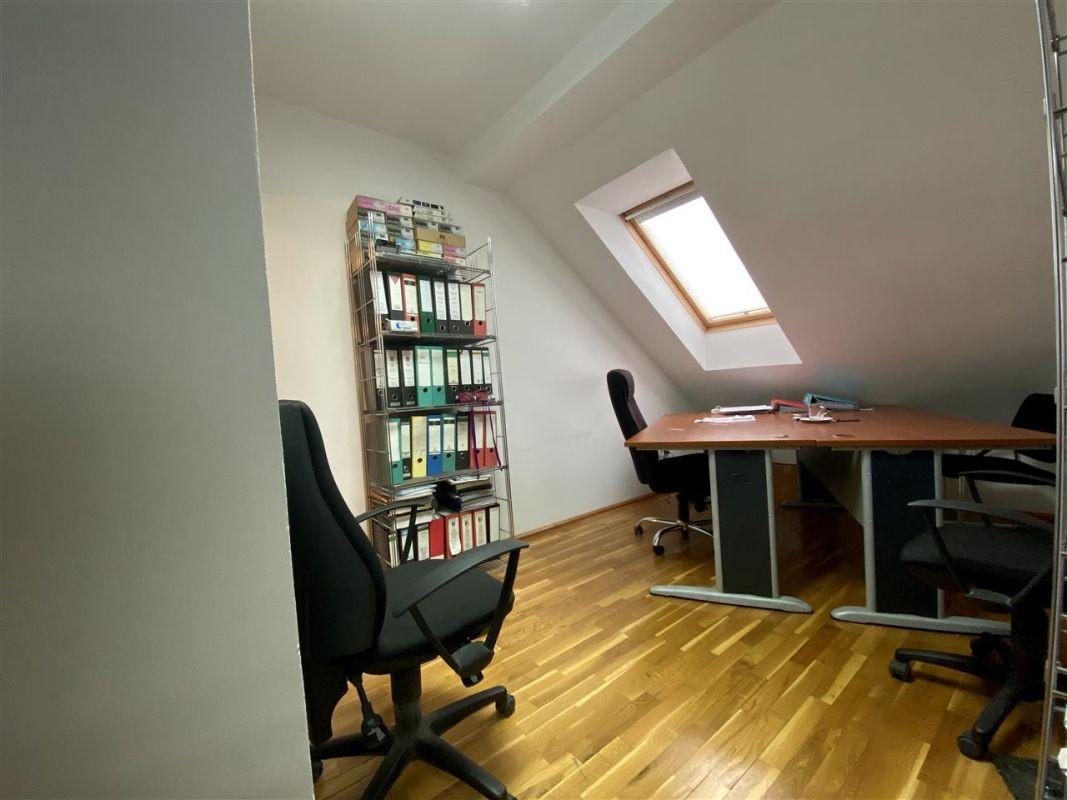 Spatiu birouri de inchiriat in Balcescu - Maria - ID C146 8