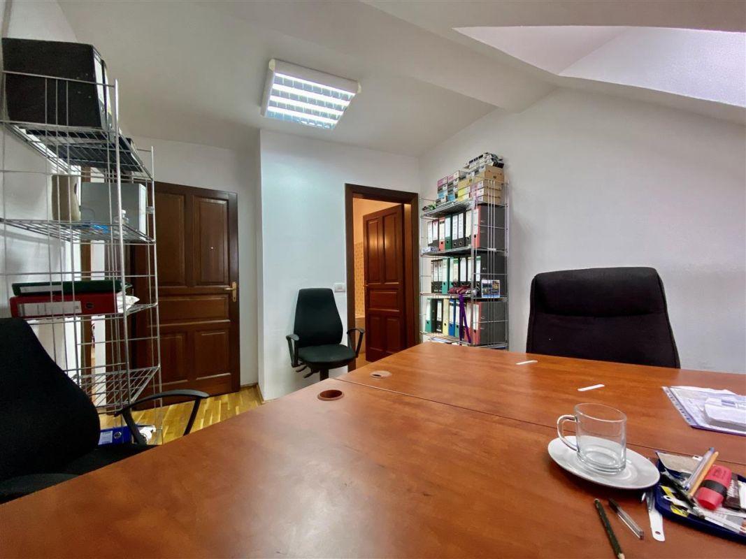 Spatiu birouri de inchiriat in Balcescu - Maria - ID C146 9