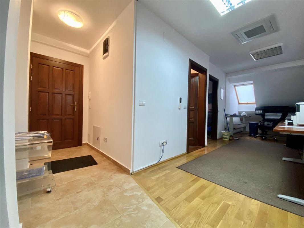 Spatiu birouri de inchiriat in Balcescu - Maria - ID C146 11